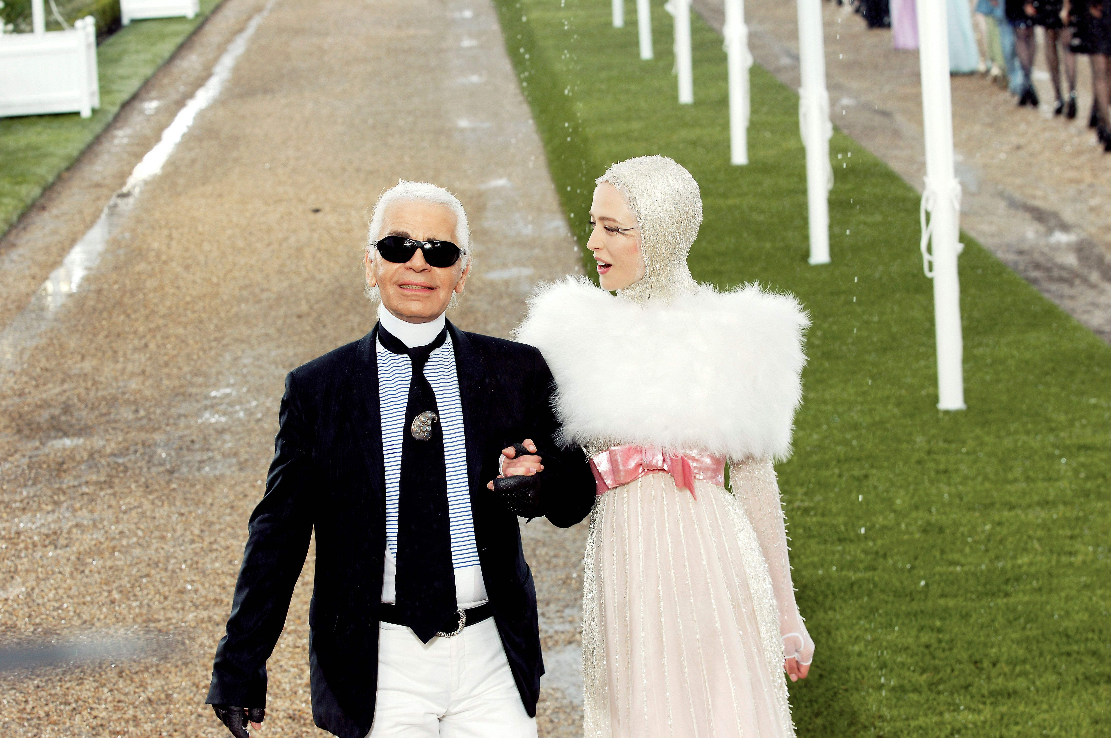 PARIS - JULY 03:  (UK OUT)  Designer Karl Lagerfeld walks down the catwalk during the Chanel Fashion show, during Paris Haute Couture Fashion Week Autumn/Winter 2007-08 on July 3, 2007 in Paris, France.  (Photo by Chris Moore/Catwalking/Getty Images)