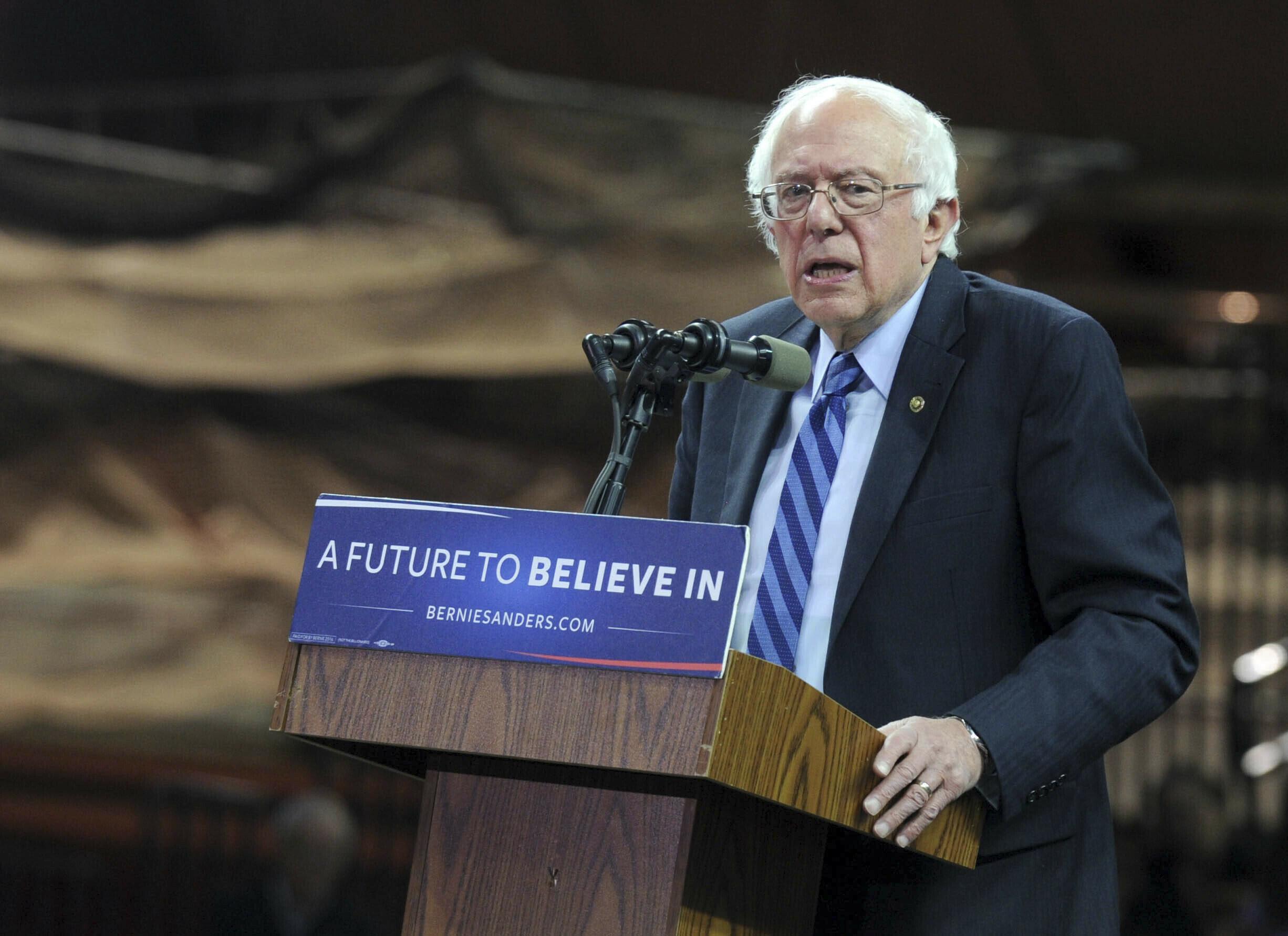 "Photo by: Dennis Van Tine/STAR MAX/IPx 5/8/16 Bernie Sanders at Bernie Sanders ""A Future to Believe In"" Rally. (New Brunswick, New Jersey)"