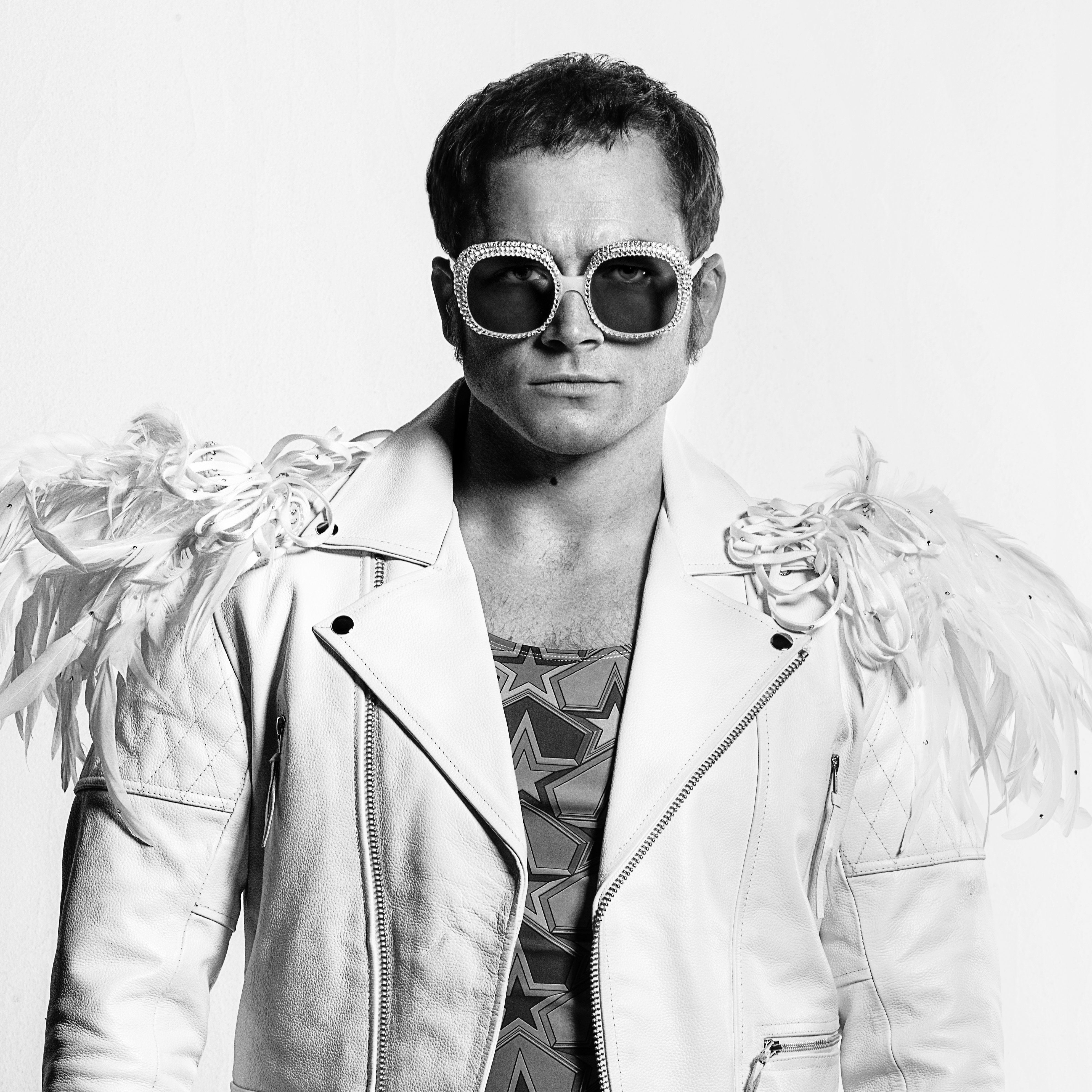 'Rocketman' Star Taron Egerton Sings An Elton John Classic In New Featurette - HuffPost