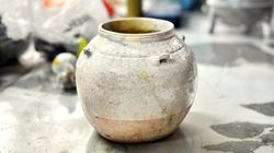 曹操の墓から、世界最古と考えられる白磁が出土