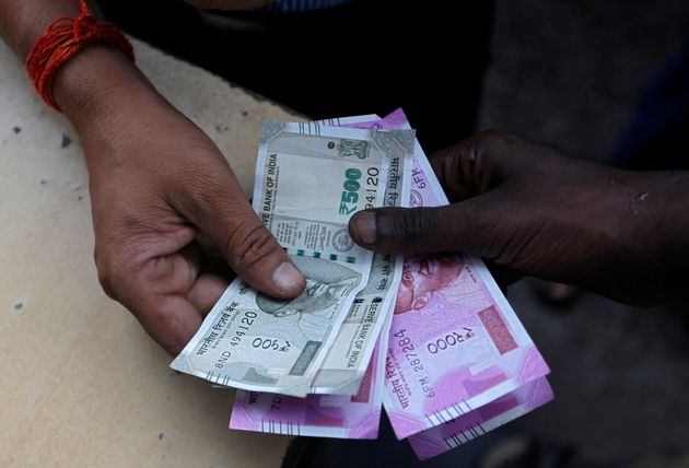 Dearness Allowance Raised By 3%, Will Benefit Central Govt Employees,