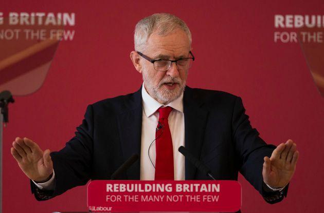 Βαθαίνει η κρίση στο κόμμα των Εργατικών - Στους 8 οι βουλευτές που
