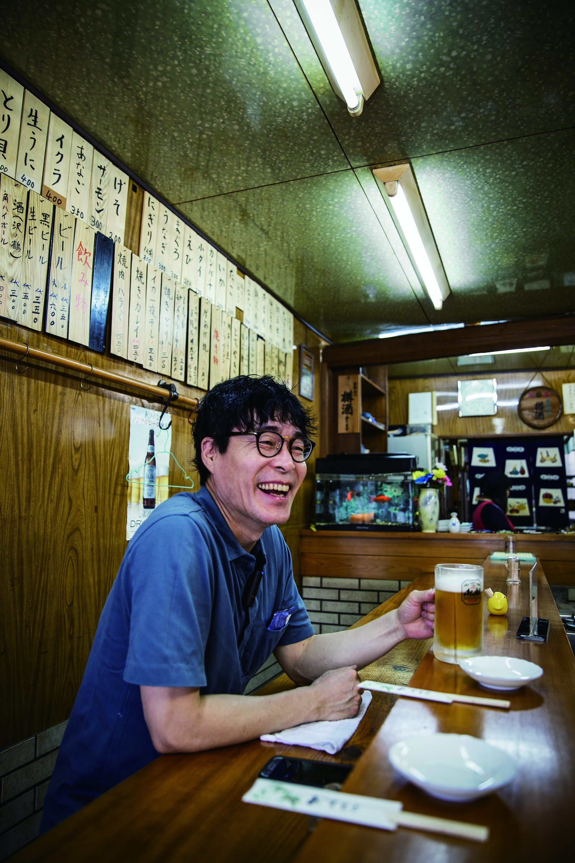 [허프인터뷰]셰프 박찬일은 왜 서서 마시는 오사카에
