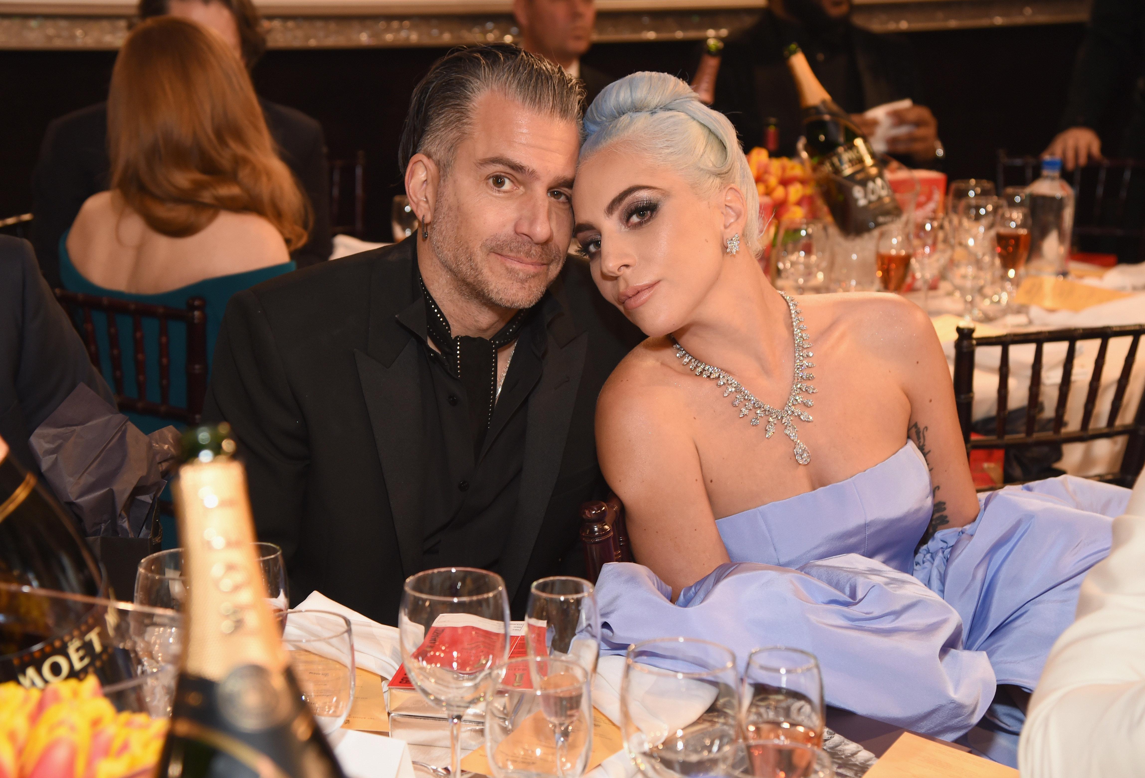 Η Lady Gaga και ο Κρίστιαν Καρίνο ακυρώνουν τον αρραβώνα