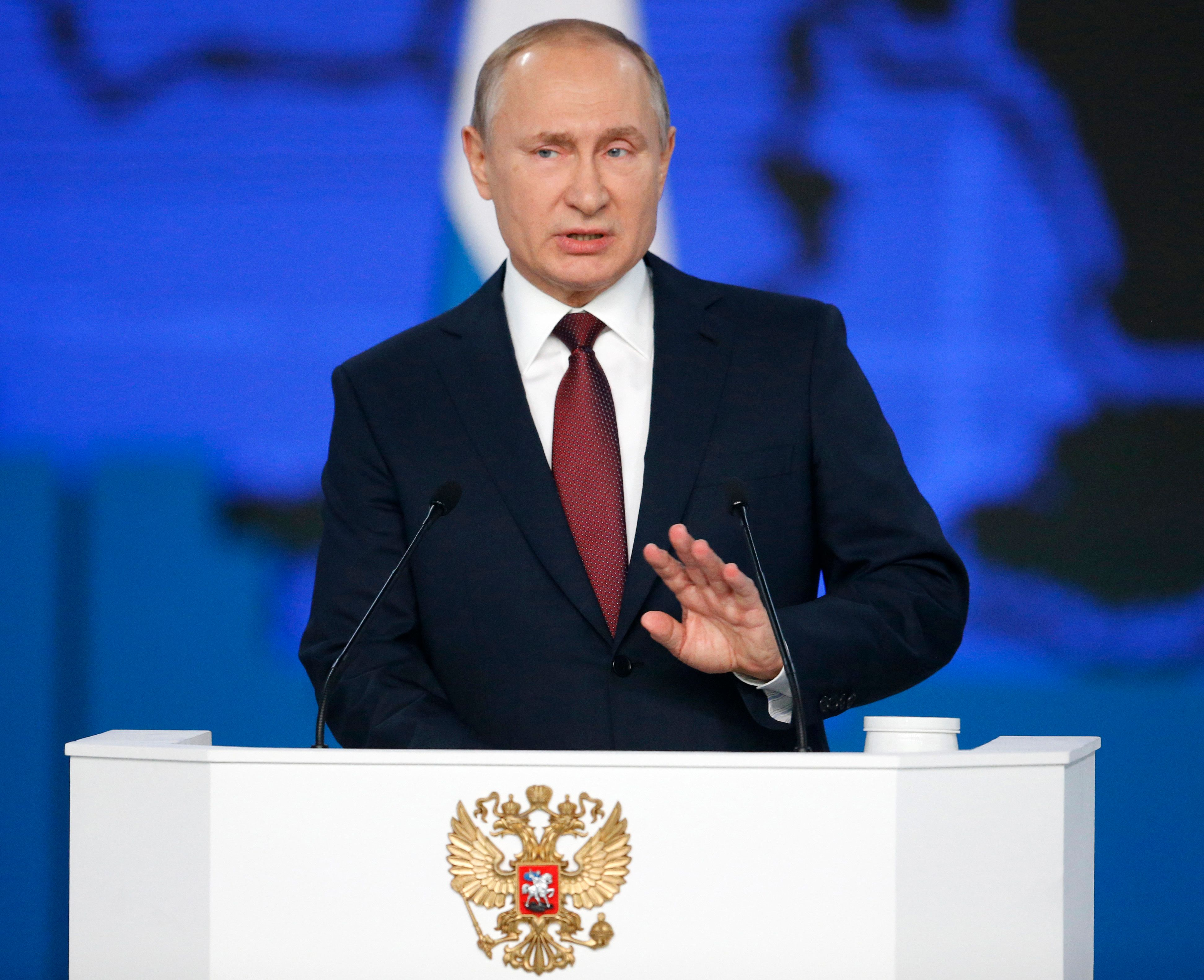 Αν οι ΗΠΑ εγκαταστήσουν πυραύλους στην Ευρώπη, η Ρωσία θα στοχεύσει και «τα κέντρα λήψης