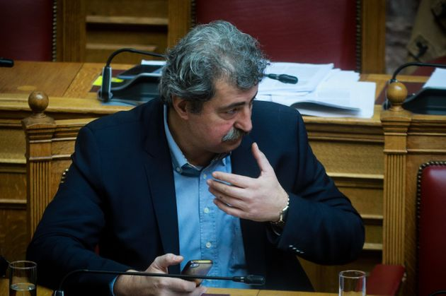 Αγωγή κατά Πολάκη θα υποβάλουν συνδικαλιστές της