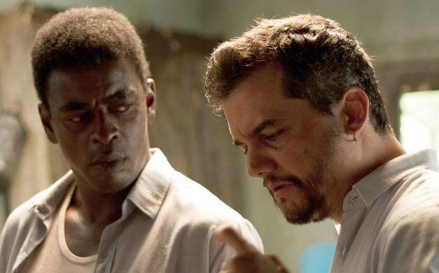 Até a cor do ator Seu Jorge, que interpreta Carlos Marighella no filme, é