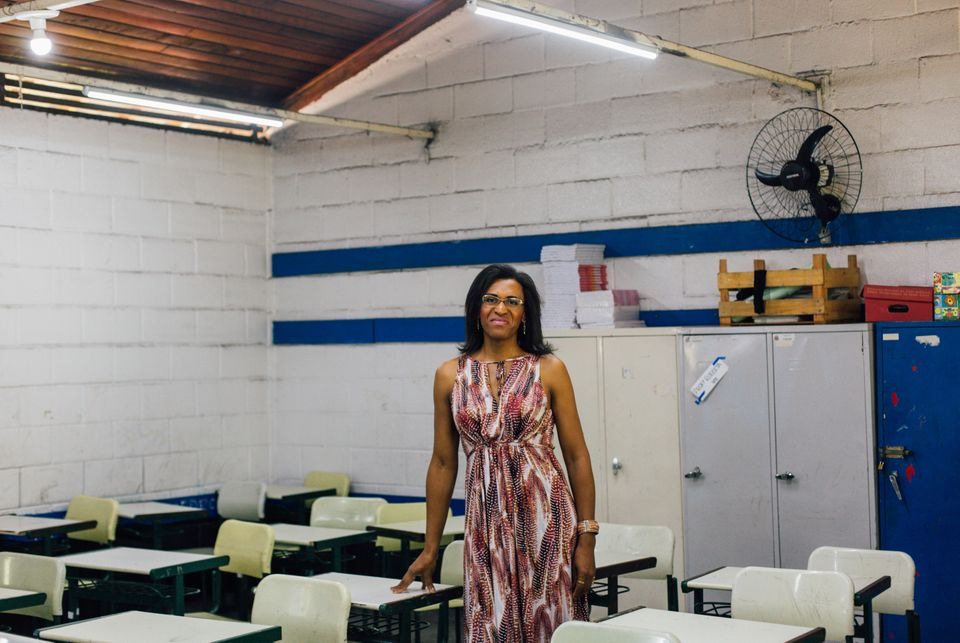 Paula Beatriz de Souza Cruz, 48 anos, é diretora da Escola Estadual Santa Rosa de Lima, no Capão...