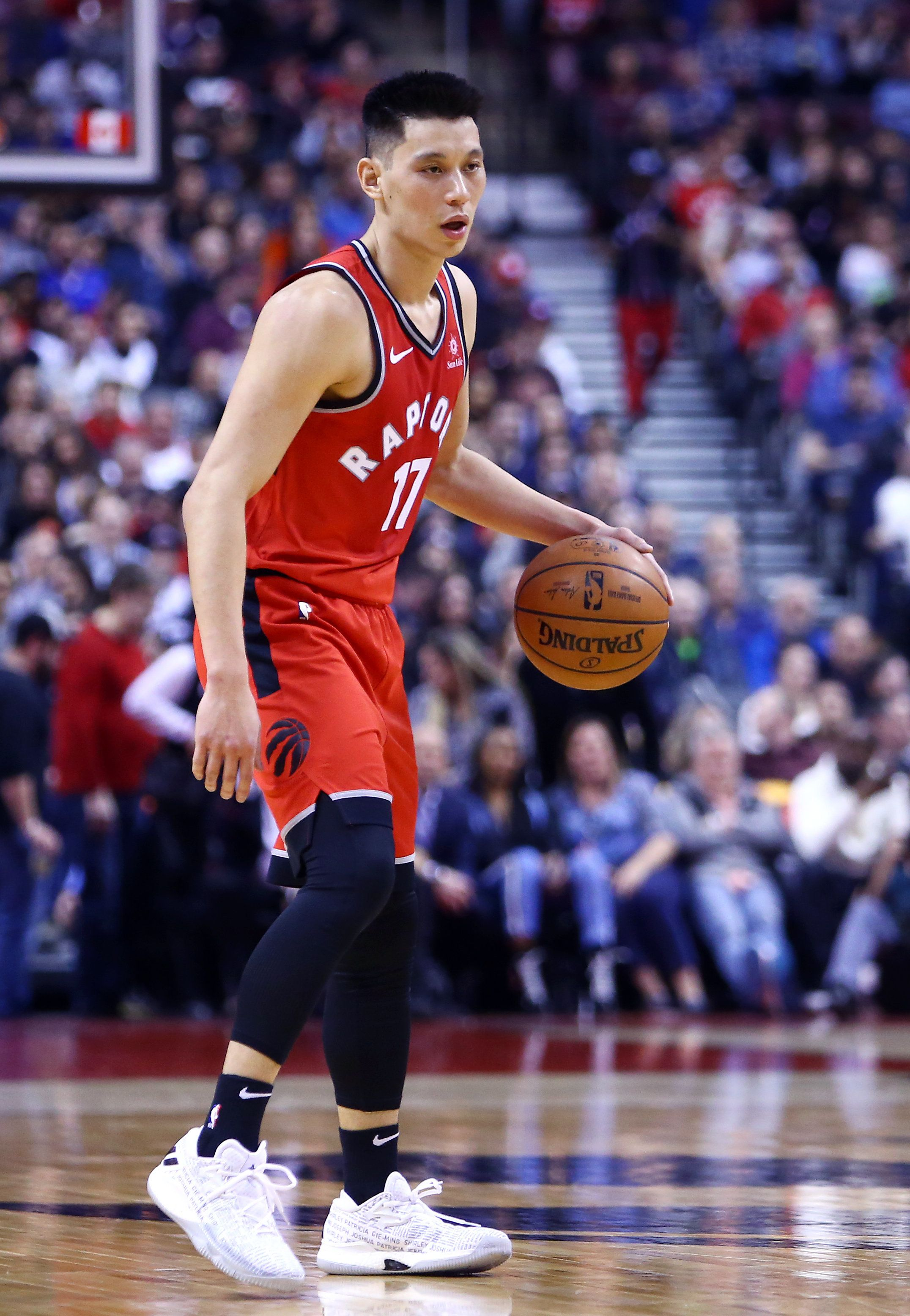 TORONTO, ON - FEBRUARY 13:  Jeremy Lin #17 of the Toronto Raptors dribbles the ball during the second half of an NBA game against the Washington Wizards at Scotiabank Arena on February 13, 2019 in Toronto, Canada.  NOTE TO USER: User expressly acknowledges and agrees that, by downloading and or using this photograph, User is consenting to the terms and conditions of the Getty Images License Agreement.  (Photo by Vaughn Ridley/Getty Images)
