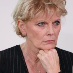 Ex-Tory MP Anna Soubry Claims Theresa May Has 'A Problem With