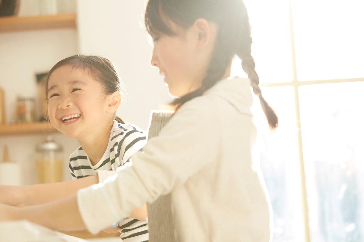 やってみたい家庭は100万世帯。なのに日本で里親・養子縁組がなかなか増えない理由とは?