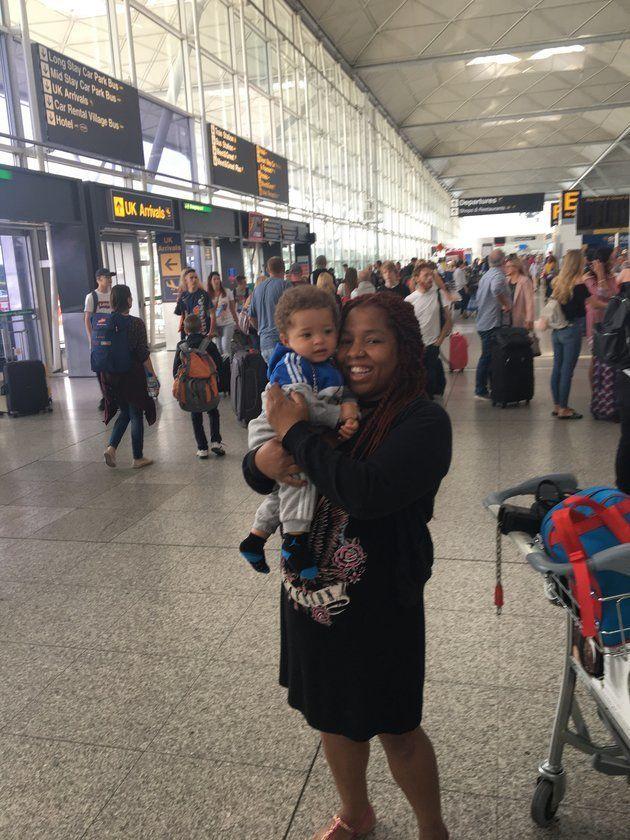 Michelle Martin sieht an ihrem Enkelkind, dass die Erziehung ihres Sohnes gefruchtet hat.