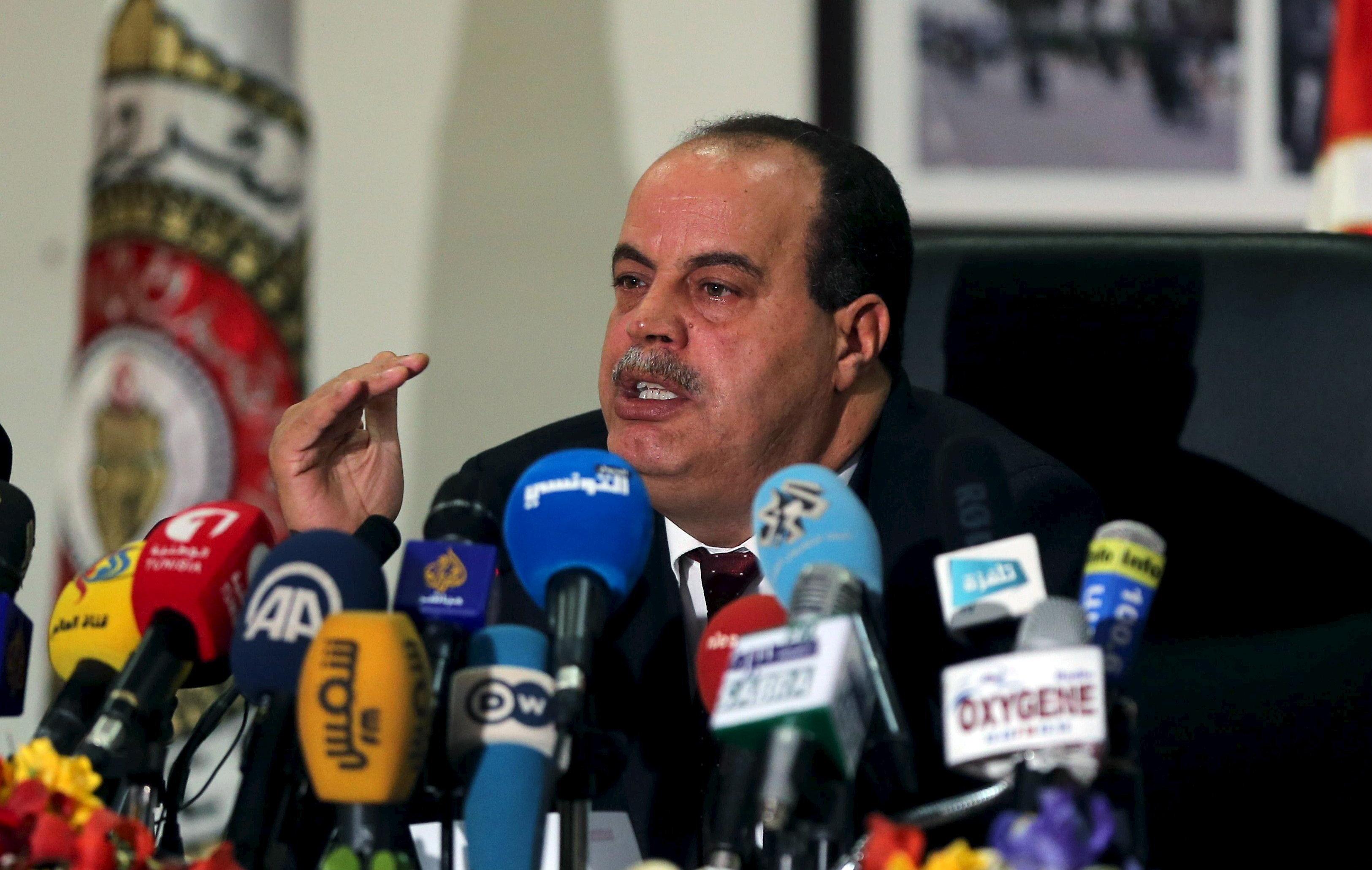 """L'ex-ministre de l'Intérieur Najem Gharsalli """"ne fait plus l'objet d'aucune poursuite"""" selon son"""