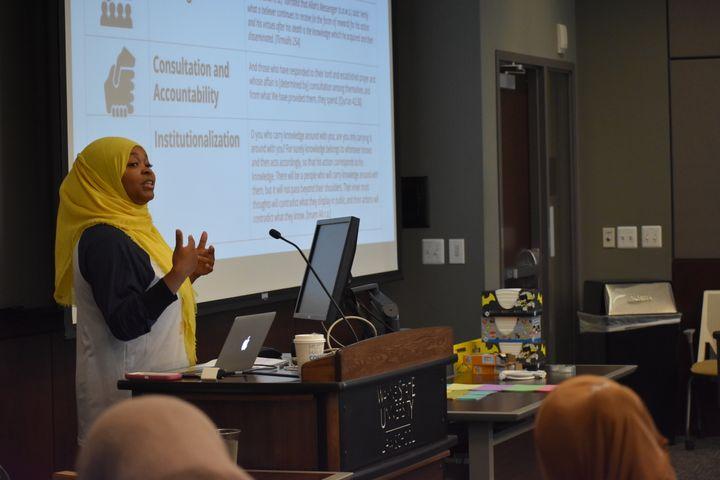 Margari Aziza Hill teaches a workshop as a part her organization Muslim ARC.