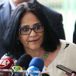 No Senado, Damares Alves questiona 'ideologia de gênero' e 'ativismo
