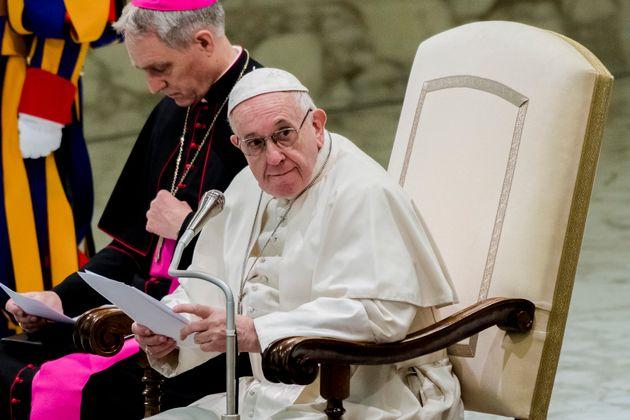 Papa Francisco participa de cúpula da Igreja Católica contra abusos
