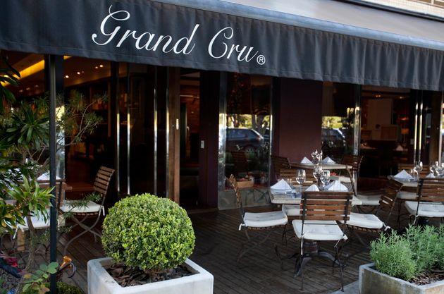Fachada do restaurante Grand Cru, no Lago