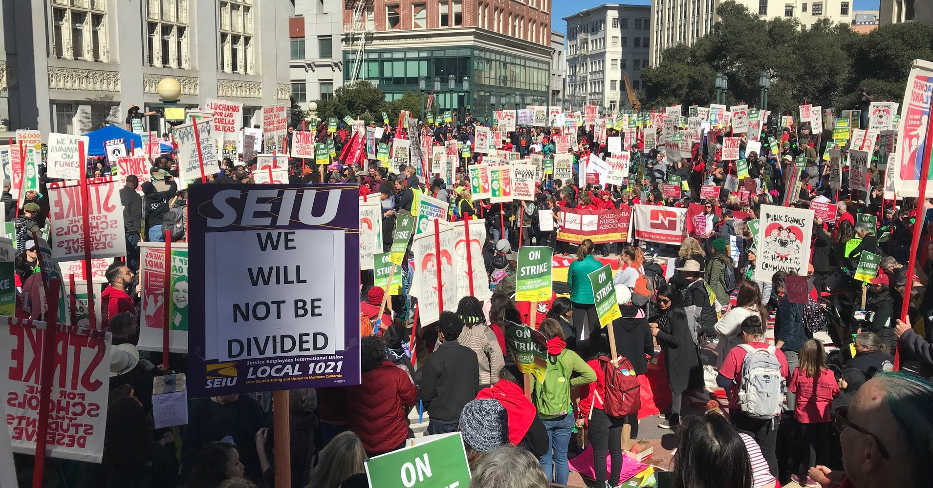 Oakland Teachers Go On Strike To Demand Higher Pay, Better Classroom Conditions thumbnail