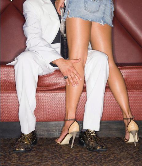 Pune dating Club bilder