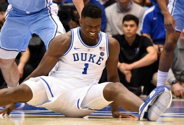 나이키의 명성을 한방에 날려버린 미 대학 농구 참사에 대해