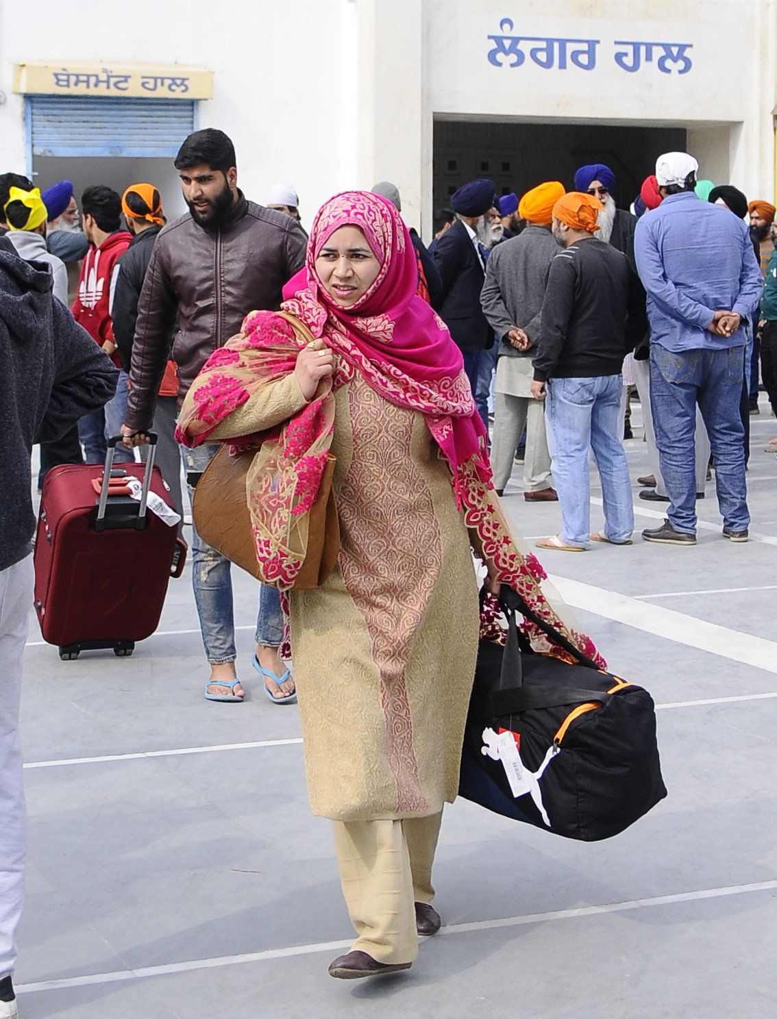 Supreme Court Notice To Centre, 11 States To Protect Kashmiris From Assault, Social