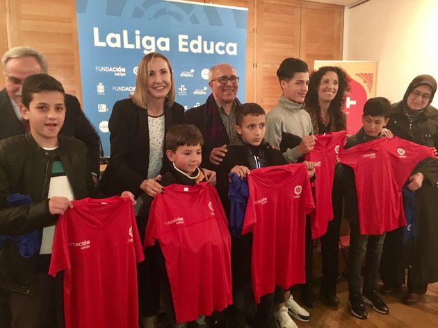 Enfants et moniteurs étaient présents le 21 février. Ils ont reçu leur équipement...