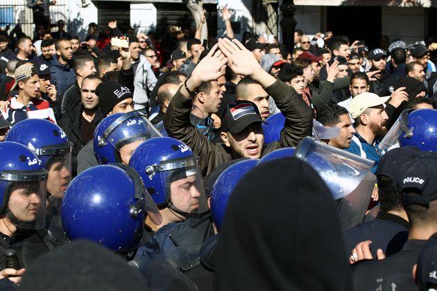 Les manifestations d'Alger en