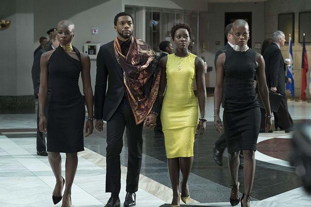 Florence Kasumba, Chadwick Boseman, Danai Gurira e Lupita Nyong'o mostram o poder de Wakanda na ONU em...