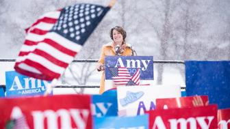 MINNEAPOLIS, MN - FEBRUARY 10: Sen. Amy Klobuchar (D-MN) announces her 2020 presidential bid on February 10, 2019 in Minneapolis, Minnesota. The crowd braved cold temperatures and heavy snow during the event. (Photo by Stephen Maturen/Getty Images)