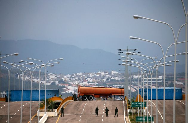 Γέφυρα Τιεντίτας: Η γέφυρα στο επίκεντρο της αντιπαράθεσης για την ανθρωπιστική βοήθεια στη