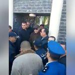 A Batna, Liamine Zeroual est sorti saluer les manifestants contre le 5e