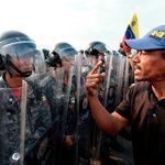 Lage an der Grenze Venezuelas eskaliert: Armee setzt Tränengas