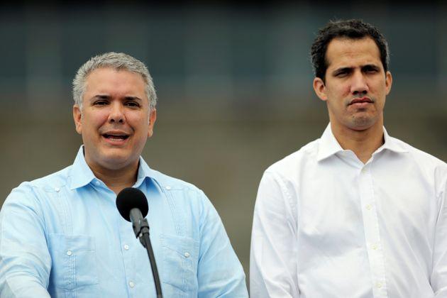 Iván Duque e Juan Guaidó fizeram pronunciamento juntos na fronteira da Colômbia com...