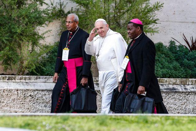 Η Ρωμαιοκαθολική Εκκλησία κατέστρεψε τους φακέλους με αποδείξεις περί σεξουαλικών