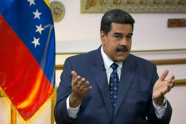 Nicolás Maduro falou por mais de uma hora em Caracas ante a escalada de tensão nas fronteiras...