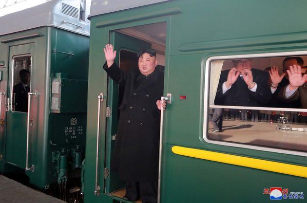 김정은 위원장이 하노이 가는 길에 삼성 공장 시찰한다는 보도가