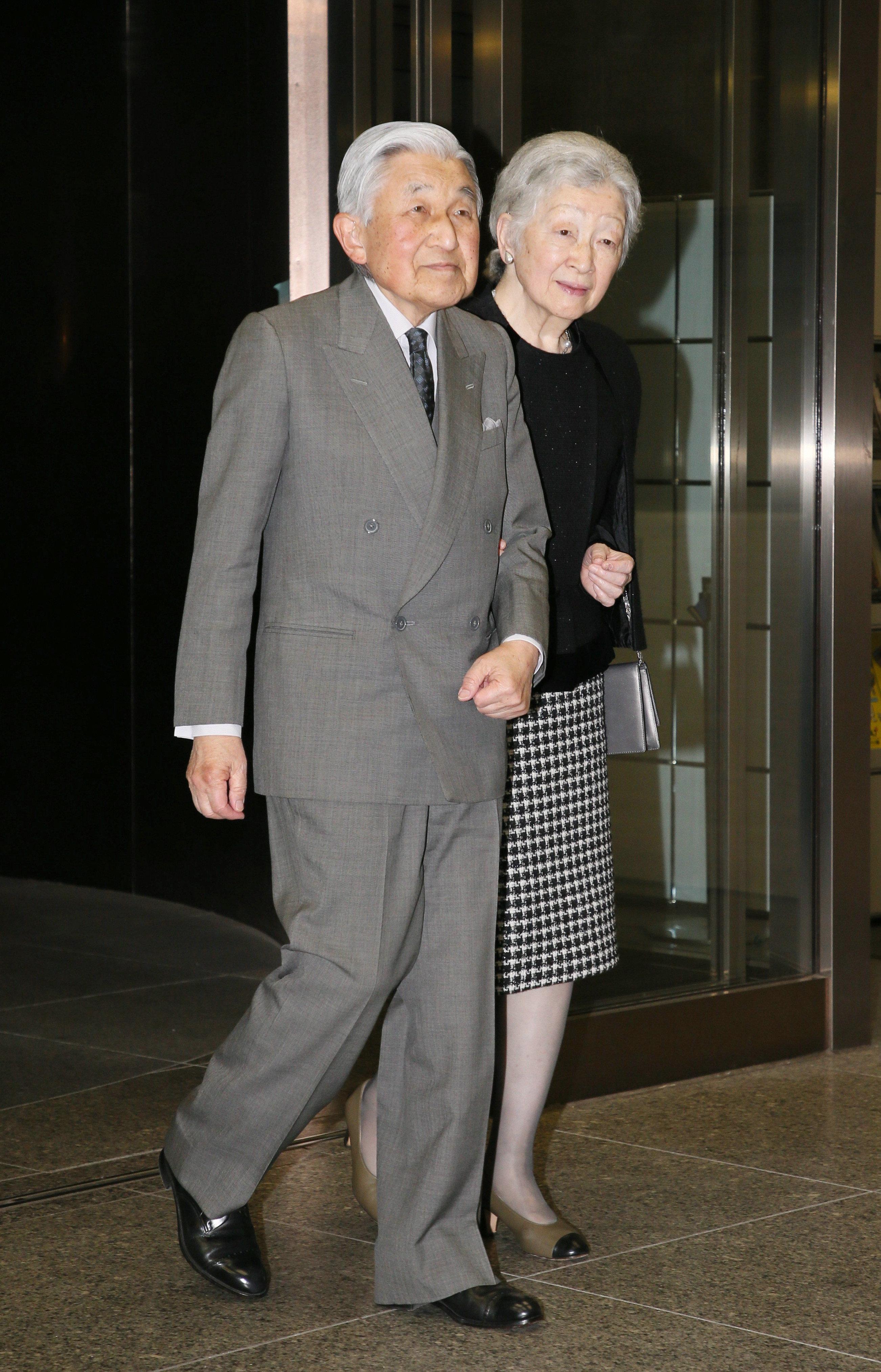 天皇陛下のおことば全文「象徴としての天皇像を模索する道は果てしなく遠く」 在位30年記念式典