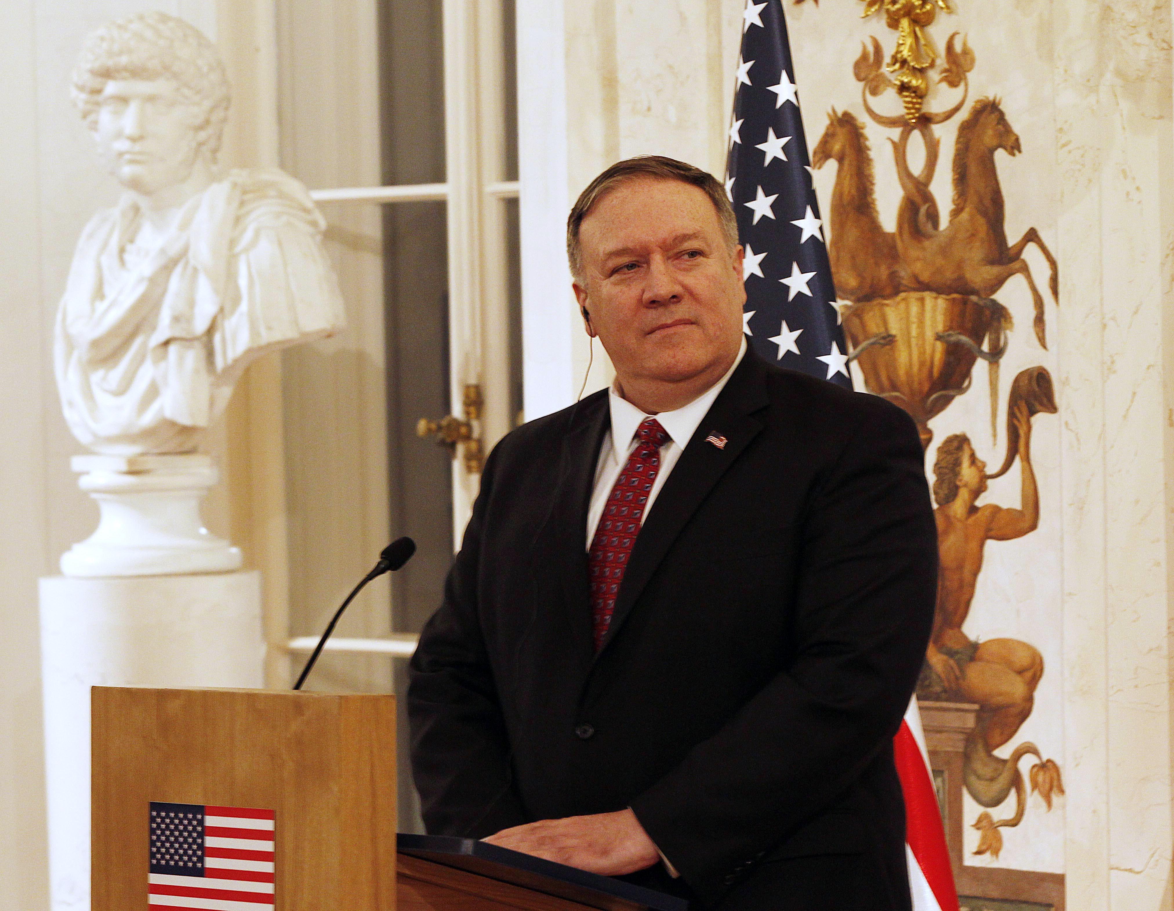 Απειλή ΗΠΑ σε Μαδούρο: «Θα περάσουμε στις πράξεις» - Ανοιχτή πρόσκληση από