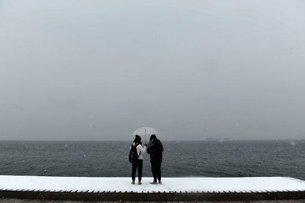 Στη δίνη της κακοκαιρίας «Ωκεανίς» η χώρα - Ισχυροί άνεμοι, κεραυνοί και