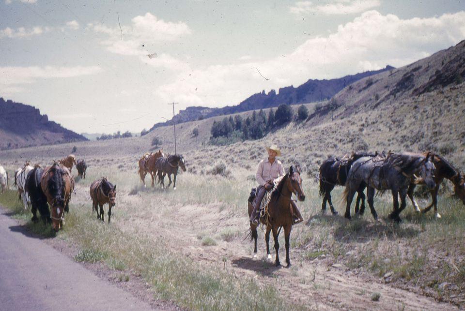 Καθημερινή σκηνή Western στην...