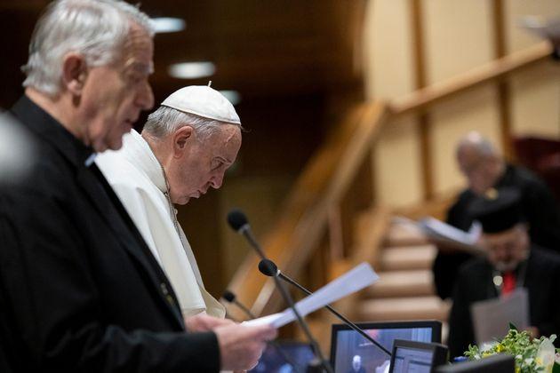 Πάπας: «Εργαλεία του Σατανά» οι κληρικοί που προβαίνουν σε κακοποίηση
