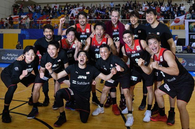 バスケ日本代表がワールドカップ出場決定 絶望の4連敗から、怒涛の8連勝 その軌跡は?
