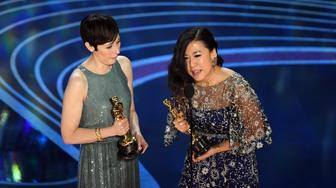 HOLLYWOOD, CALIFORNIA - FEBRUARY 24: (L-R) Becky Neiman-Cobb and Domee Shi accept the Short Film (Animated) award for 'Bao' onstage during the 91st Annual Academy Awards at Dolby Theatre on February 24, 2019 in Hollywood, California. (Photo by Kevin Winter/Getty Images)