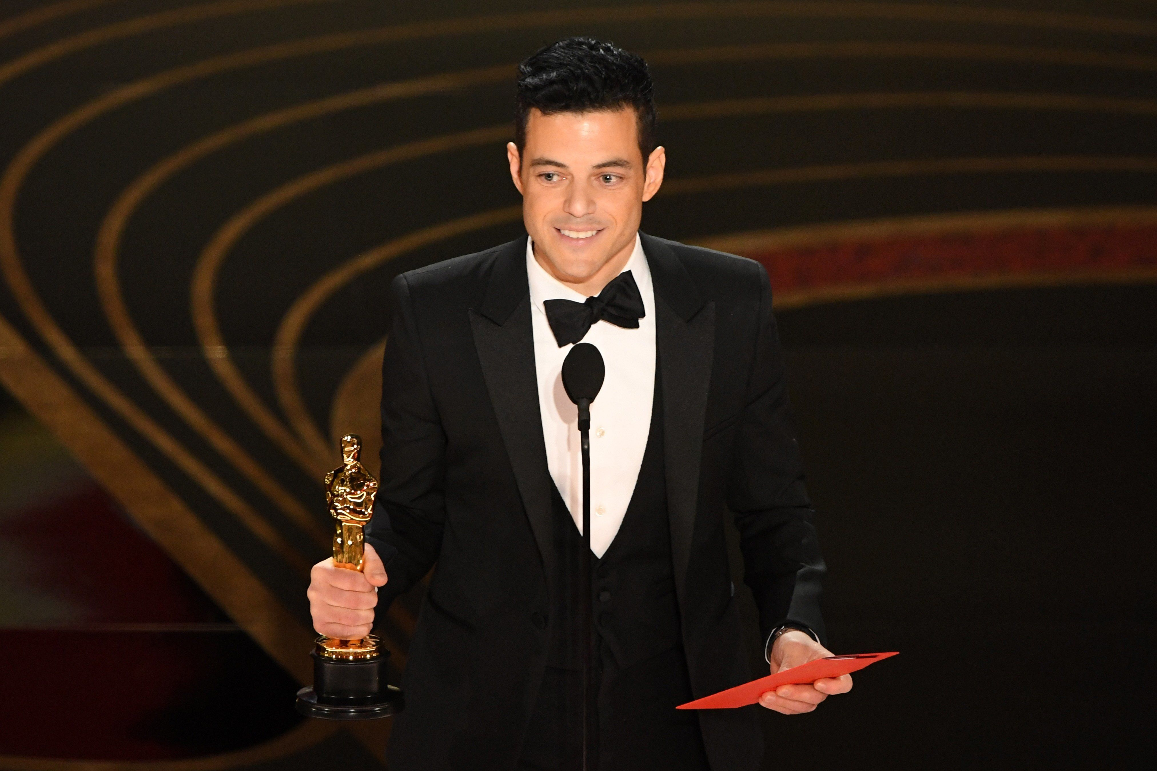 Best Actor winner for 'Bohemian Rhapsody' Rami Malek accepts his award onstage during the 91st Annual Academy Awards at the Dolby Theatre in Hollywood, California on February 24, 2019. (Photo by VALERIE MACON / AFP)        (Photo credit should read VALERIE MACON/AFP/Getty Images)