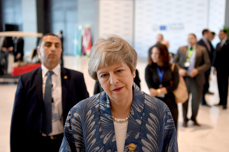 영국 메이 총리가 브렉시트 표결 날짜를 또