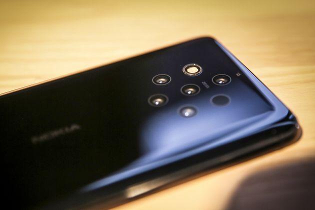 Nokia 9 PureView: Smartphone με πέντε