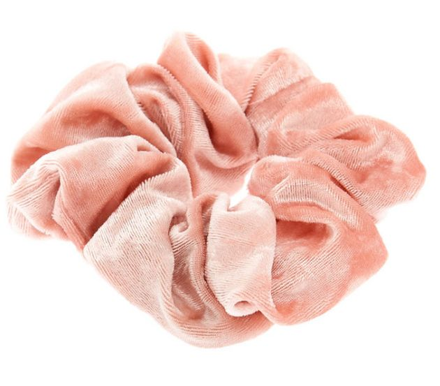 Oscars 2019: 8 Scrunchies Inspired By Jason Momoa's Pink