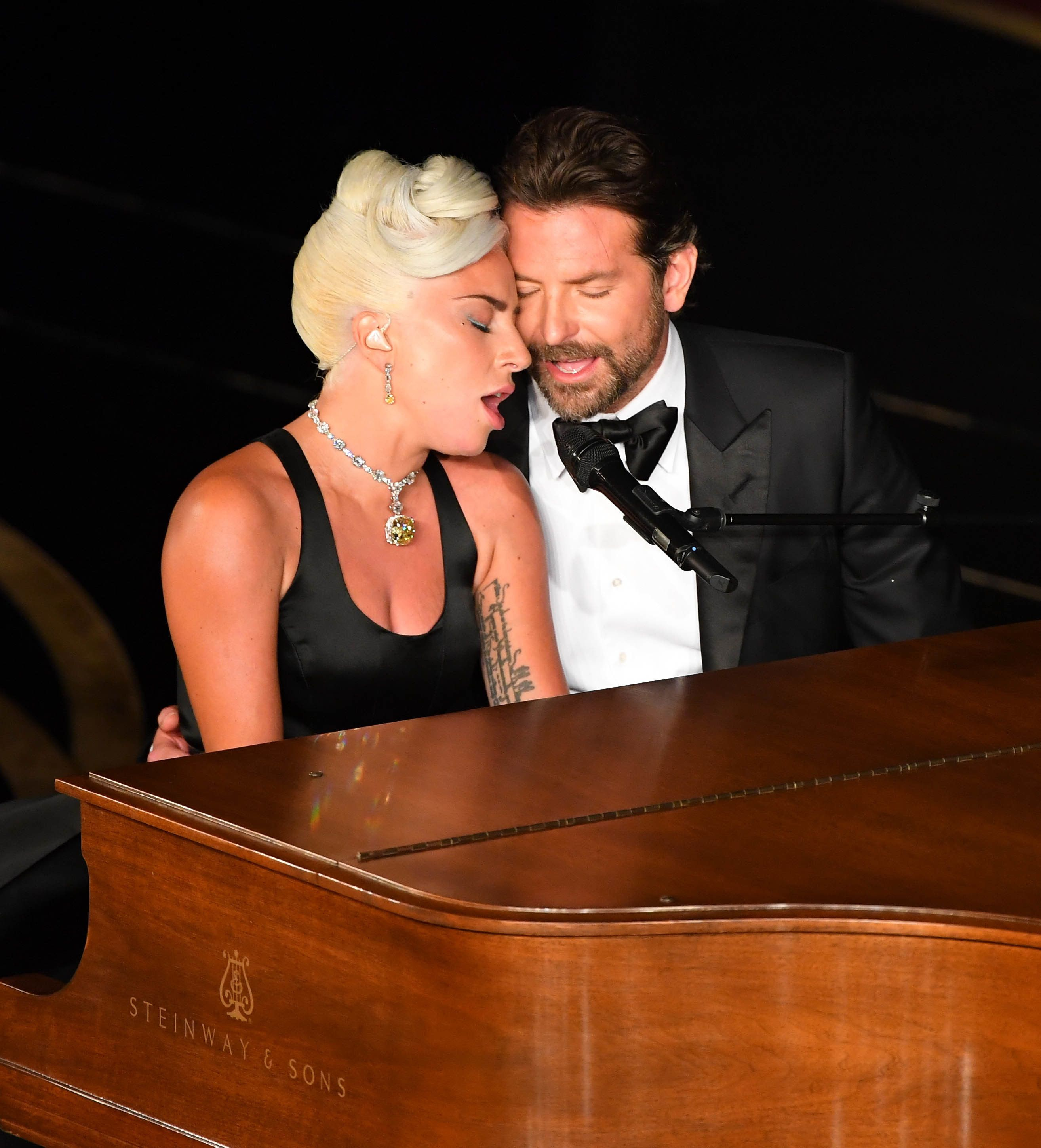 Lady Gaga and Madonna bury the hatchet at Oscars afterparty