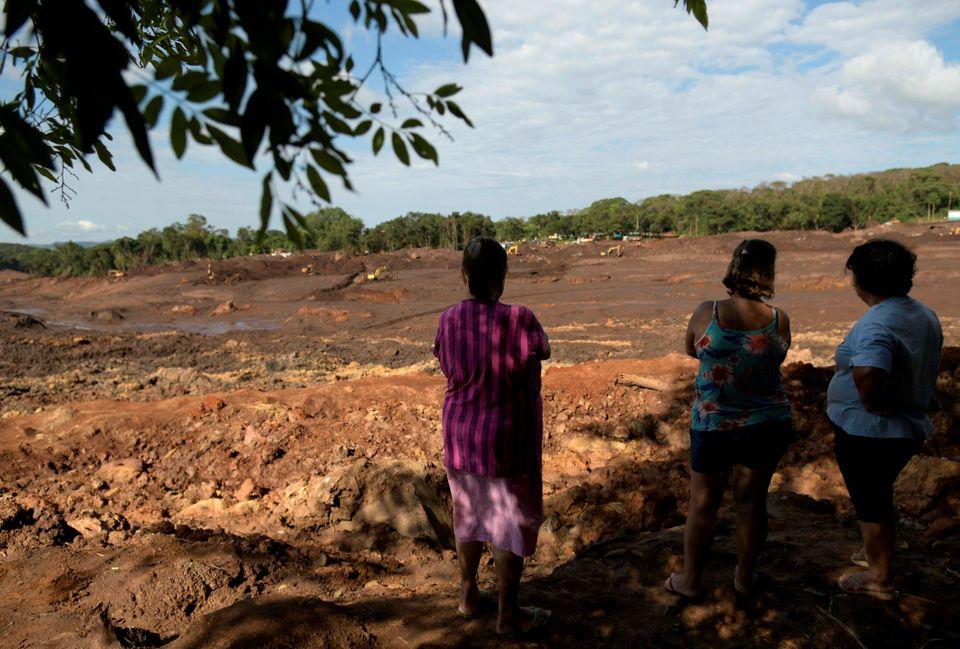 Além de Brumadinho, outros 16 municípios mineiros por onde o rio passa foram