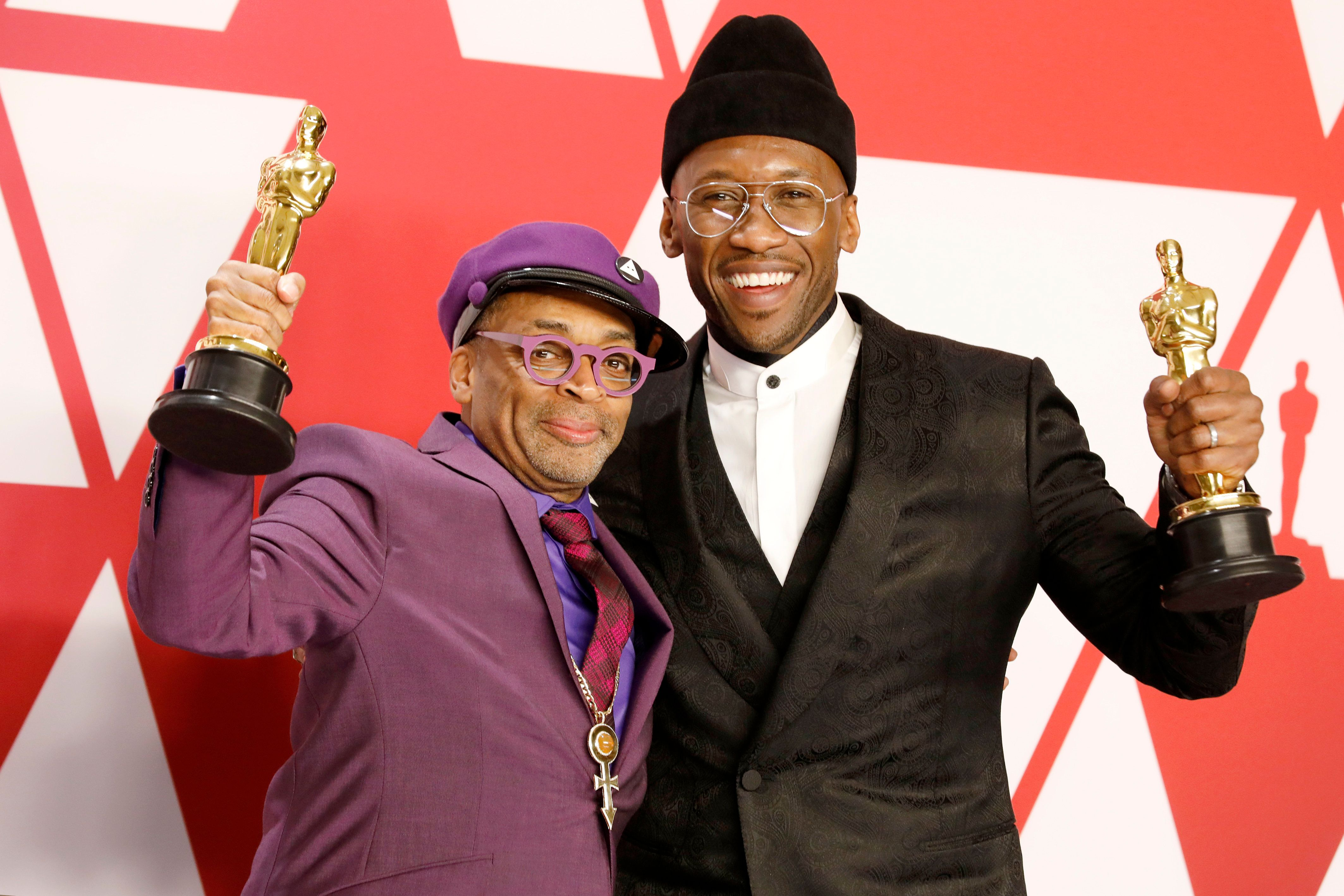 Spike Lee (Best Adapted Screenplay for 'BlacKkKlansman') and Mahershala Ali (Best Actor in a Supporting Role: Green Book) 91st Annual Academy Awards press room at the Dolby Theater in Hollywood, California on February 24, 2019. (Photo credit should read P. Lehman / Barcroft Images / Barcroft Media via Getty Images)
